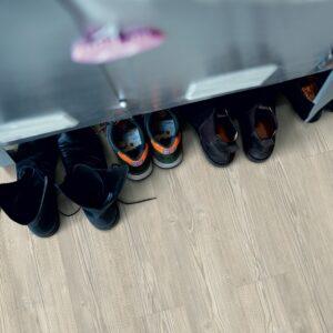 PINO CABAÑA GRIS CLARO V2307-40054 Pergo® Classic Plank Premium Rigid Click